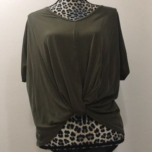 Tops - Hunter green top